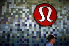 A Lululemon store logo is pictured on a shop in Santa Monica, California, United States, April 12, 2016. REUTERS/Lucy Nicholson
