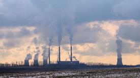 Газовая электростанция в Минске. 1 ноября 2016 года. Белоруссия в четверг сообщила, что сделала авансовый платеж за поставки российского газа и ожидает от России восстановления прежних объемов поставок нефти, говорится в сообщении правительства. REUTERS/Vasily Fedosenko