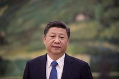 El presidente chino, Xi Jinping, durante un evento en Pekín.  02/12/2016.China establecerá las principales tareas económicas del Gobierno para el 2017, incluido un mayor avance en las reformas estructurales relacionadas con la oferta, reportó el viernes la agencia oficial de noticias Xinhua.              REUTERS/Nicolas Asouri/Pool