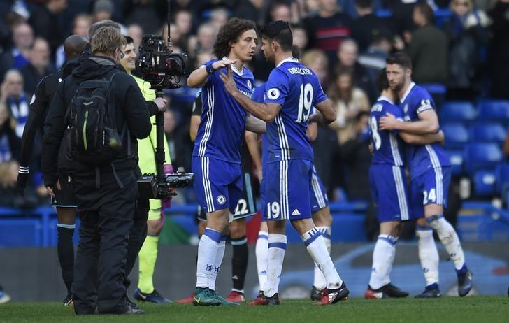 Football Soccer Britain - Chelsea v West Bromwich Albion - Premier League - Stamford Bridge - 11/12/16 Chelsea's David Luiz celebrates after the game with Diego Costa Action Images via Reuters / Clodagh Kilcoyne Livepic