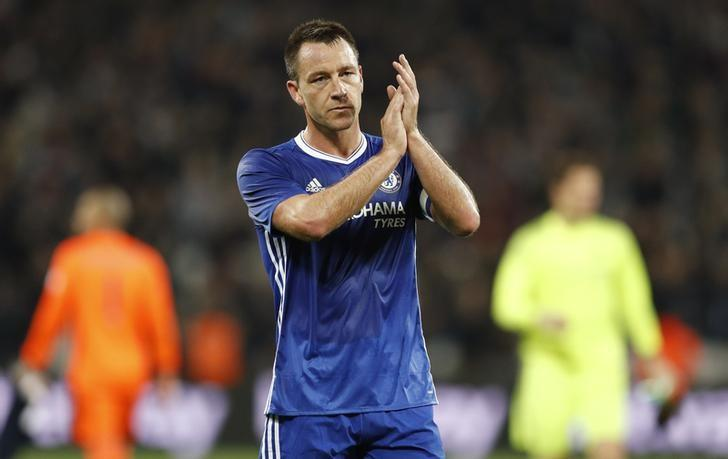 Chelsea's John Terry applauds their fans after the match. West Ham United v Chelsea - EFL Cup Fourth Round - London Stadium - 26/10/16. Action Images via Reuters / John Sibley/ Livepic/ Files