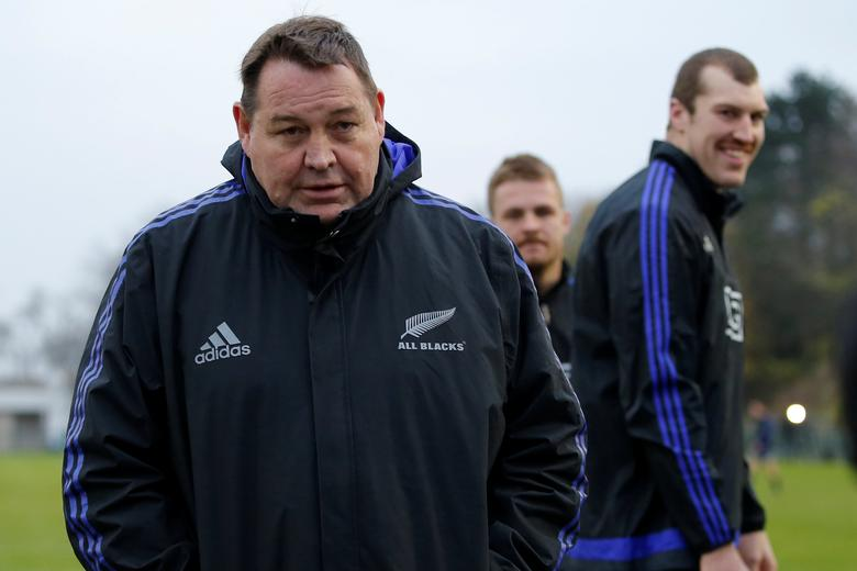 New Zealand All Blacks - New Zealand All Blacks Captain's Run - Stade Jean Moulin in Suresnes near Paris, France - 25/11/16  New Zealand's  Coach Steve Hansen during captain's run the day before their match against France. REUTERS/Gonzalo Fuentes