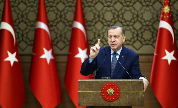 Turkish President Tayyip Erdogan makes a speech during his meeting with mukhtars at the Presidential Palace in Ankara, Turkey, December 14, 2016. Murat Cetinmuhurdar/Presidential Palace/Handout via REUTERS