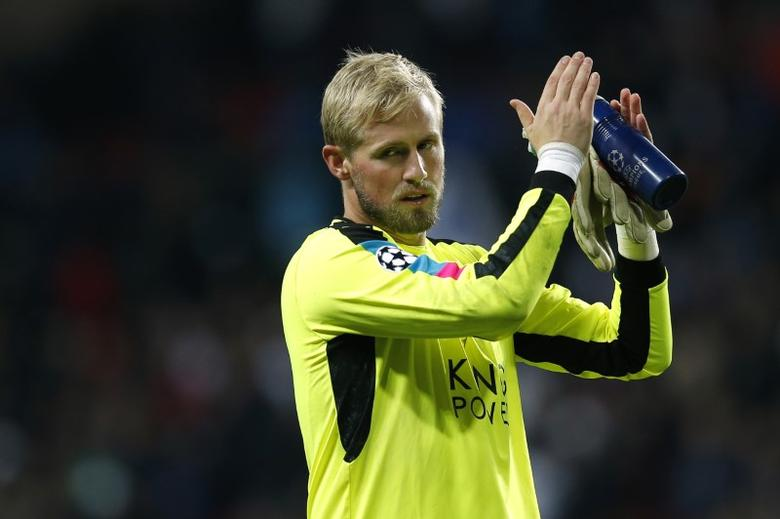 Leicester City's Kasper Schmeichel applauds their fans after the match. UEFA Champions League Group Stage - Group G - Parken Stadion, Copenhagen, Denmark  - 2/11/16. Action Images via Reuters / Andrew Couldridge Livepic