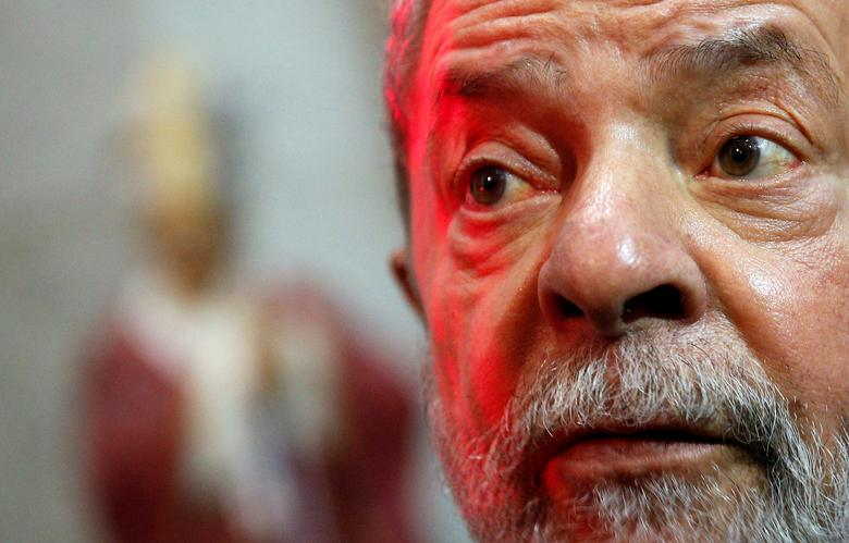 Brazil's former president Luiz Inacio Lula da Silva attends the funeral of Cardinal and Archbishop of Sao Paulo Dom Paulo Evaristo Arns at Se Cathedral in Sao Paulo, Brazil, December 15, 2016. REUTERS/Leonardo Benassatto