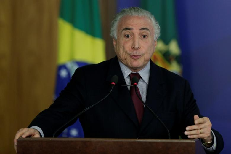 Brazil's President Michel Temer speaks during a ceremony for the release of resources for Technical Education and Promotion of Schools in Integral Time, at the Planalto Palace in Brasilia, Brazil, December 20, 2016. REUTERS/Ueslei Marcelino