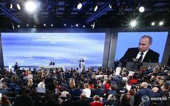 Журналисты на пресс-конференции президента РФ Владимира Путина в Москве 23 декабря 2016 года. REUTERS/Sergei Karpukhin