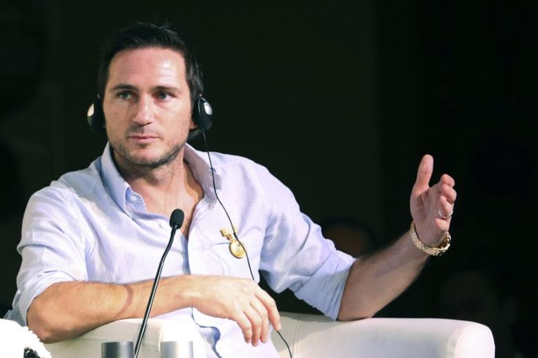 British football player Frank Lampard gestures as he attends a football player career workshop during Dubai International Sports Conference in Dubai, United Arab Emirates December 28, 2015. REUTERS/Ashraf Mohammad  Picture Supplied by Action Images