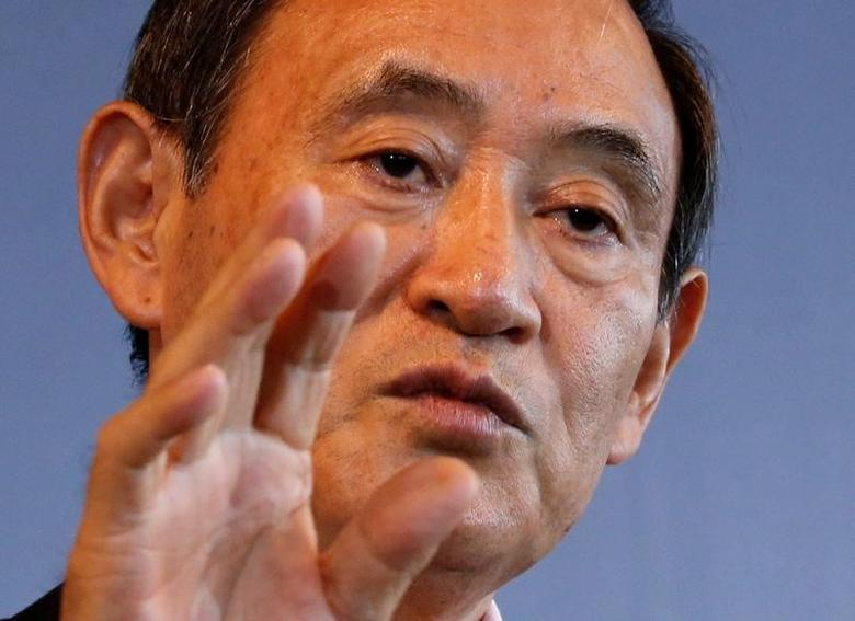 Japan's Chief Cabinet Secretary Yoshihide Suga attends a Thomson Reuters Newsmaker event in Tokyo, Japan August 30, 2016.  REUTERS/Kim Kyung-Hoon