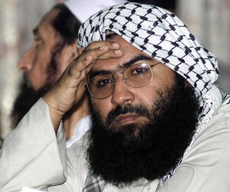 Maulana Masood Azhar, head of Pakistan's militant Jaish-e-Mohammadparty, attends a pro-Taliban conference organised by the Afghan DefenceCouncil in Islamabad August 26, 2001.