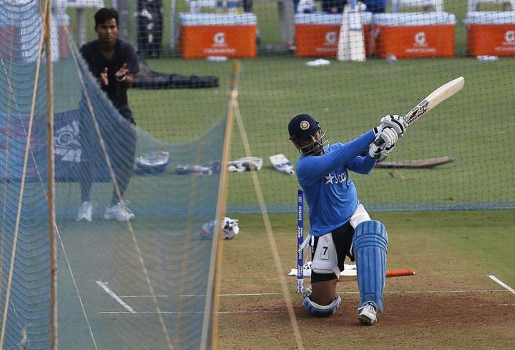 Cricket - World Twenty20 cricket tournament practice session - Mumbai, India - 30/03/2016. India's captain Mahendra Singh Dhoni bats in the nets. REUTERS/Danish Siddiqui/File Photo