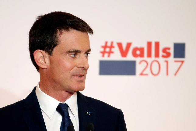 French politician and former Prime Minister Manuel Valls unveils his election platform to the media ahead of the left's presidential primaries in Paris, France, January 3, 2017. REUTERS/Charles Platiau