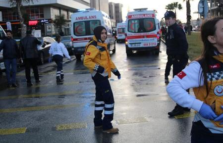 مسؤول تركي: انفجار إزمير نجم عن سيارة ملغومة