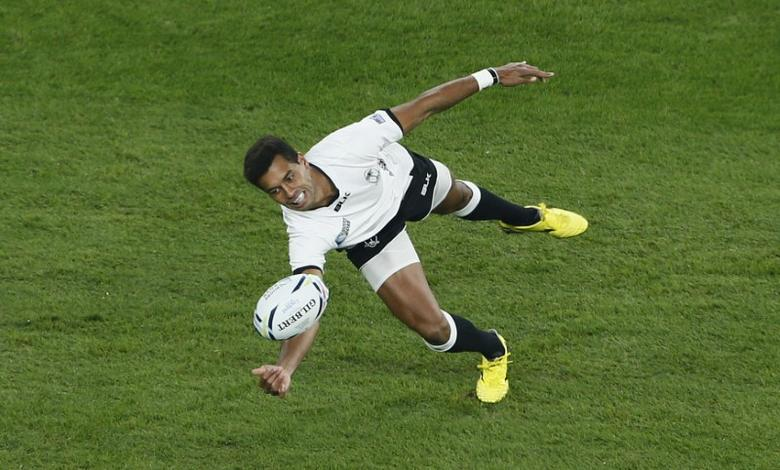Rugby Union - England v Fiji - IRB Rugby World Cup 2015 Pool A - Twickenham Stadium, London, England  - 18/9/15 Fiji's Ben Volavola drops the ball Reuters / Stefan Wermuth Livepic