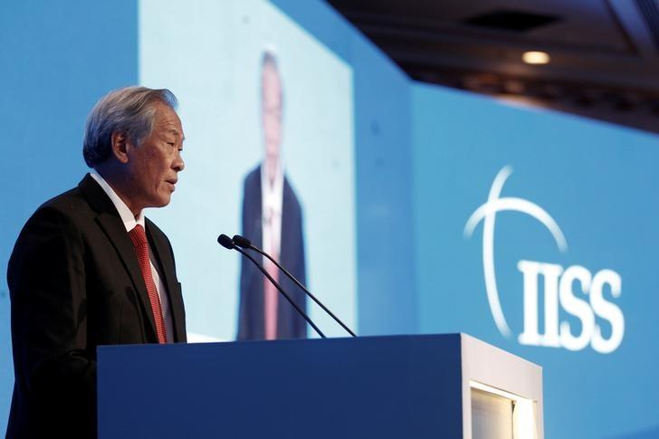 Singapore's Defence Minister Ng Eng Hen speaks at the International Institute for Strategic Studies (IISS) Manama Dialogue Regional Security Summit in Manama, Bahrain December 10, 2016. REUTERS/Hamad I Mohammed/Files