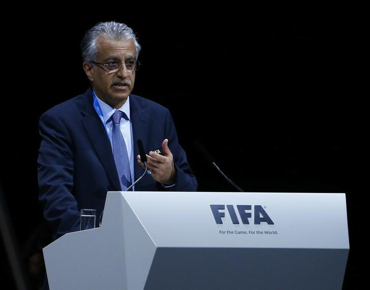 FIFA presidential candidate Sheikh Salman Bin Ebrahim Al-Khalifa of Bahrain makes a speech during the Extraordinary FIFA Congress in Zurich, Switzerland  February 26, 2016. REUTERS/Arnd Wiegmann
