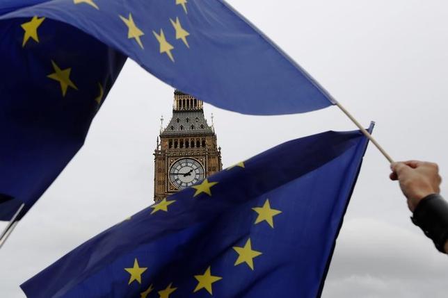 1月11日、英政府が欧州連合離脱手続きを開始するために議会承認が必要かどうかを巡る訴訟で敗訴することを見越し、判決後に議会に提示する法案を準備していると、英紙ガーディアンが報じた。ロンドンで2016年9月撮影(2017年 ロイター/Luke MacGregor)