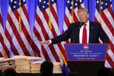 Presidente eleito dos EUA, Donald Trump, durante entrevista coletiva em Nova York 11/01/2017 REUTERS/Lucas Jackson