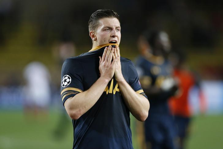 Britain Football Soccer - AS Monaco v Tottenham Hotspur - UEFA Champions League Group Stage - Group E - Stade Louis II, Monaco - 22/11/16 Tottenham's Kevin Wimmer looks dejected at full time Action Images via Reuters / Matthew Childs Livepic/Files