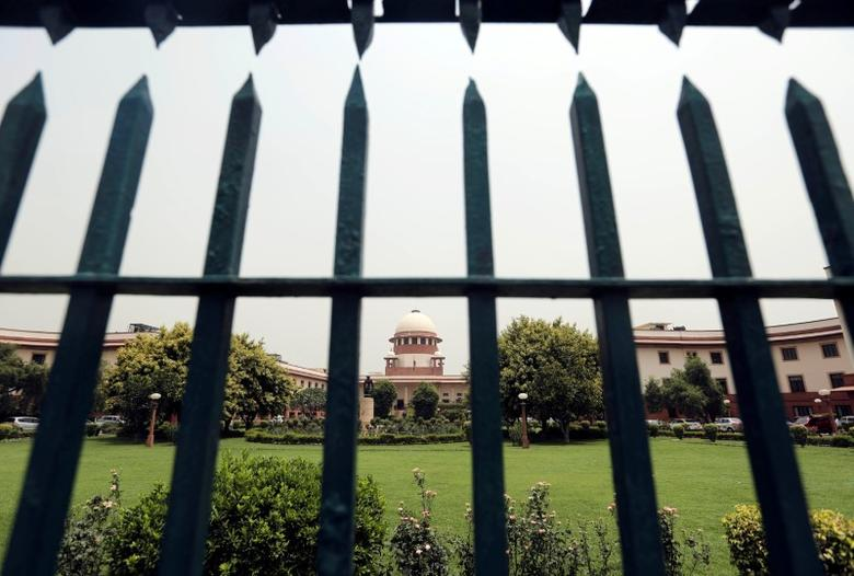 Supreme Court is pictured through a gate in New Delhi, India May 26, 2016. REUTERS/Anindito Mukherjee/Files