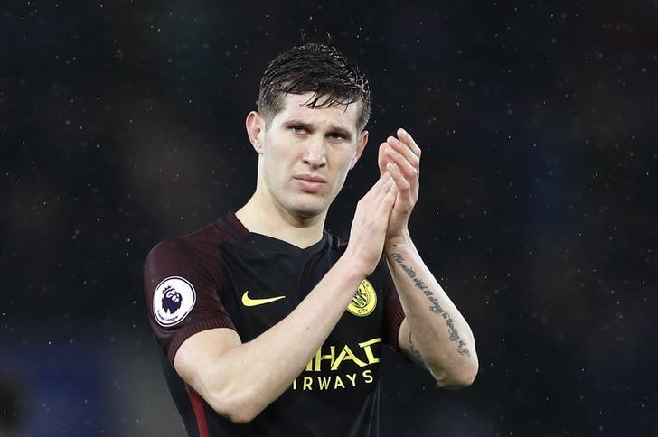 Football Soccer Britain - Leicester City v Manchester City - Premier League - King Power Stadium - 10/12/16 Manchester City's John Stones looks dejected at the end of the match whilst applauding the fans Reuters / Darren Staples Livepic/Files