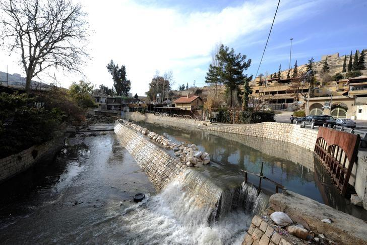 A view shows Barada river in the government controlled al-Rabwah area, a suburb of Damascus, Syria January 10, 2017. REUTERS/Omar Sanadiki
