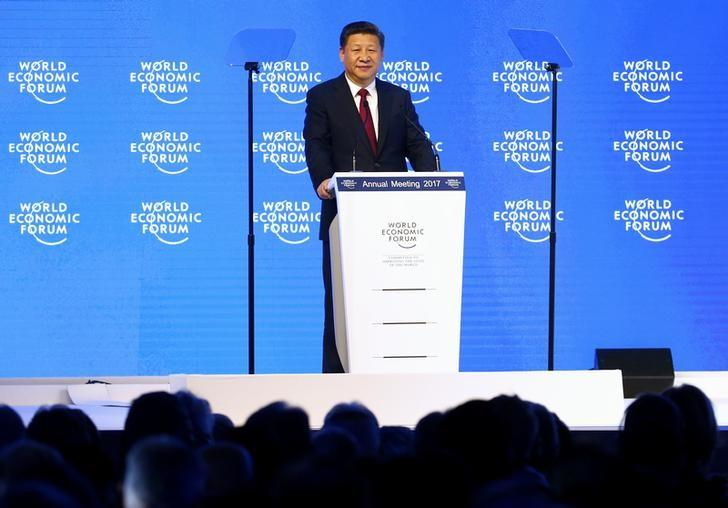 Chinese President Xi Jinping attends the World Economic Forum (WEF) annual meeting in Davos, Switzerland January 17, 2017.  REUTERS/Ruben Sprich - RTSVVAB