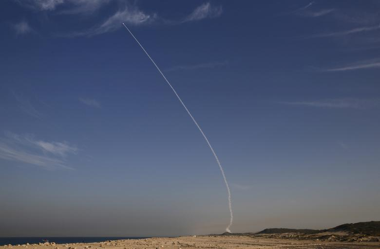 FILE PHOTO: An ''Arrow 3'' ballistic missile interceptor is seen during its test launch near Ashdod, Israel December 10, 2015. REUTERS/Amir Cohen/File Photo