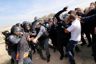 Clashes as Israel razes Bedouin village
