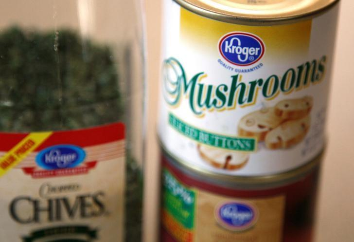 A selection of Kroger brand products is displayed in Golden, Colorado September 15, 2009. REUTERS/Rick Wilking/File Photo