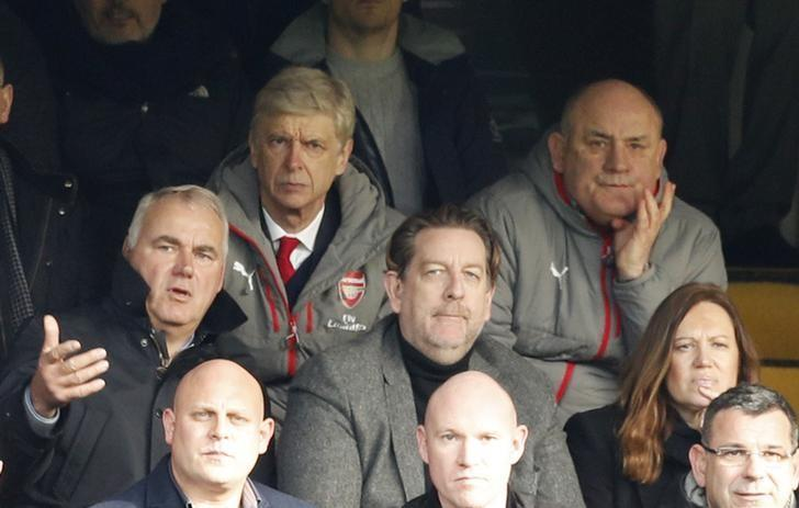 Britain Football Soccer - Chelsea v Arsenal - Premier League - Stamford Bridge - 4/2/17 Arsenal manager Arsene Wenger in the stands Action Images via Reuters / John Sibley Livepic