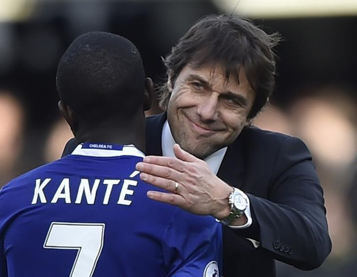 Britain Football Soccer - Chelsea v Arsenal - Premier League - Stamford Bridge - 4/2/17 Chelsea manager Antonio Conte and N'Golo Kante celebrate after the game  Reuters / Hannah McKay Livepic