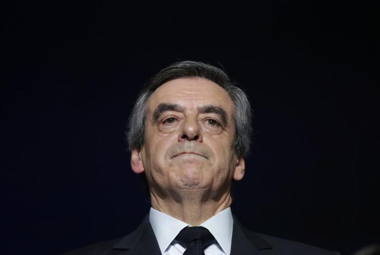 Francois Fillon, former French prime minister, member of The Republicans political party and 2017 presidential candidate of the French centre-right, attends a political rally as he campaigns in Charleville-Mezieres, France, February 2, 2017. REUTERS/Christian Hartmann