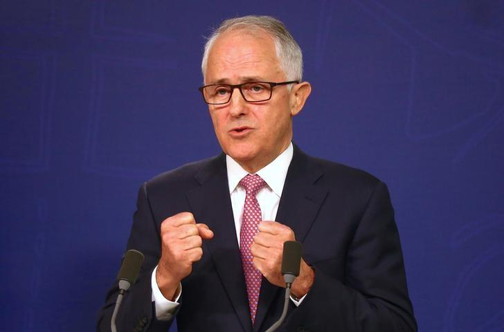 Australian Prime Minister Malcolm Turnbull speaks during a media conference in Sydney, Australia, December 23, 2016 regarding a plot to attack prominent sites in the city of Melbourne with a series of bombs on Christmas Day that authorities described as ''an imminent terrorist event'' inspired by Islamic State.  REUTERS/David Gray