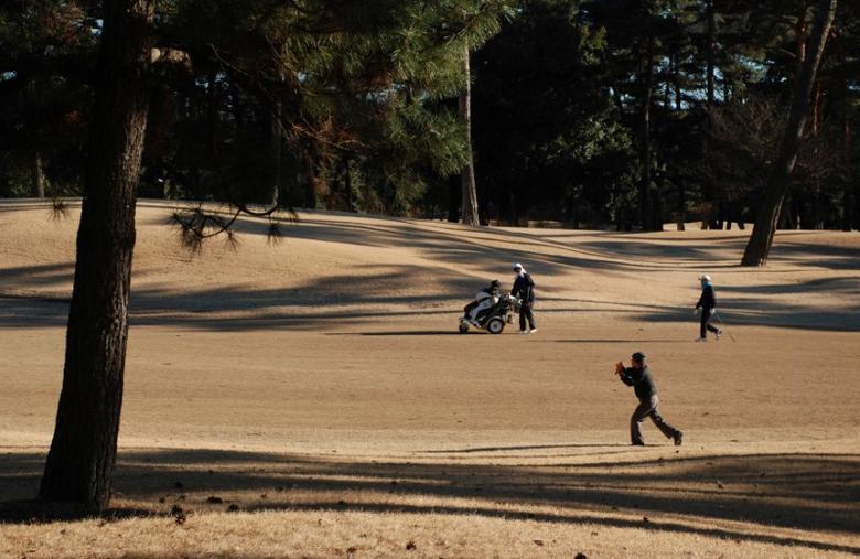 People play golf at Kasumigaseki Country Club in Kawagoe, Saitama Prefecture, Japan, January 25, 2017.   REUTERS/Oh Hyun