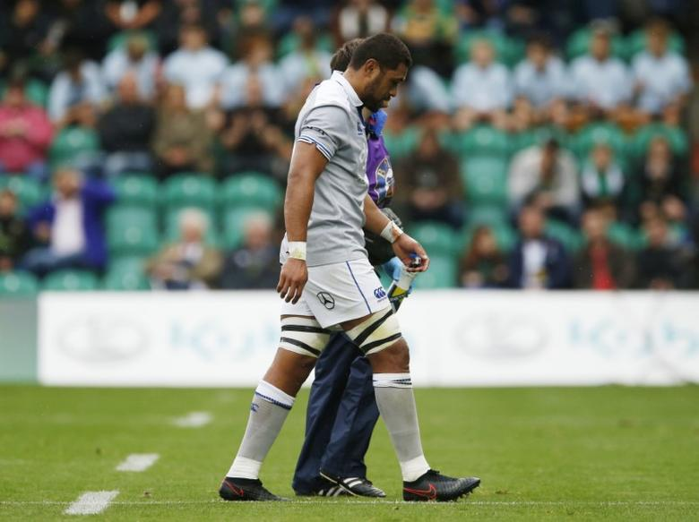 Britain Rugby Union - Northampton Saints v Bath Rugby - Aviva Premiership - Franklin's Gardens - 3/9/16Bath?s Taulupe Faletau goes off injuredMandatory Credit: Action Images / Andrew BoyersLivepic