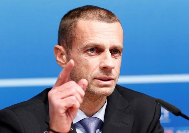 2月9日、サッカーの欧州連盟(UEFA)のアレクサンデル・チェフェリン会長は、理事会終了後の記者会見で2026年ワールドカップ(W杯)で欧州の出場枠拡大を求める考えを明らかにした。2016年12月にスイスのニヨンで撮影(2017年 ロイター/Denis Balibouse)