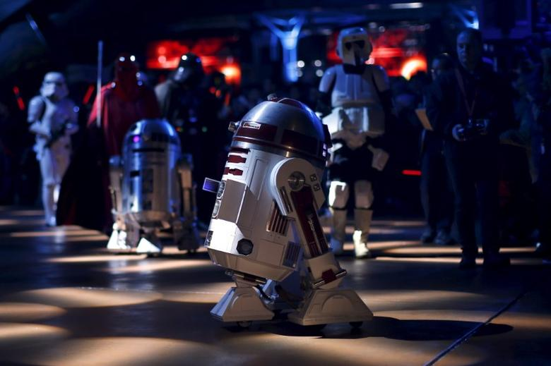 Characters of Star Wars take part in an event held for the release of the film ''Star Wars: The Force Awakens'' in Disneyland Paris in Marne-la-Vallee, France, December 16, 2015. REUTERS/Benoit Tessier