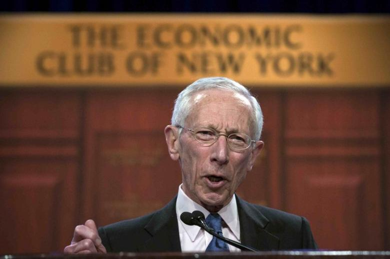 U.S. Federal Reserve Vice Chair Stanley Fischer addresses The Economic Club of New York in New York March 23, 2015.    REUTERS/Brendan McDermid/File Photo
