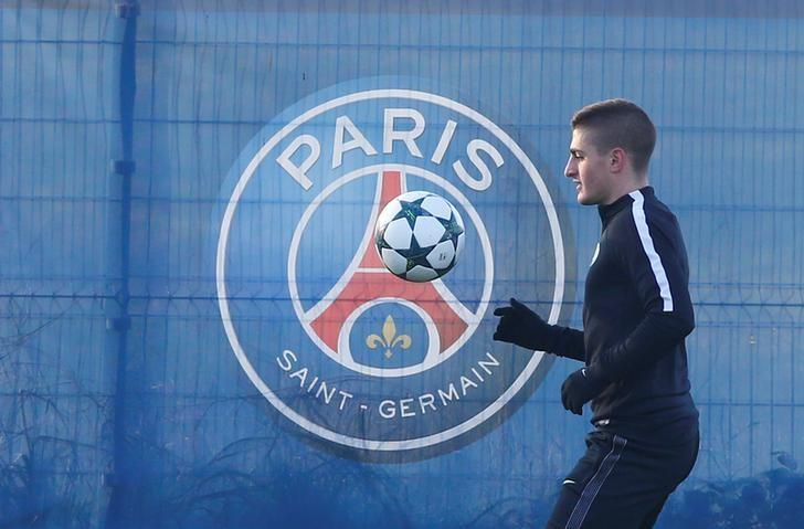 Football Soccer - Paris St Germain Training - UEFA Champions League Group A - Centre Ooredoo, Saint-Germain-en-Laye, near Paris, France  - 5/12/16. Paris Saint-Germain's Marco Verratti during the training. REUTERS/Gonzalo Fuentes