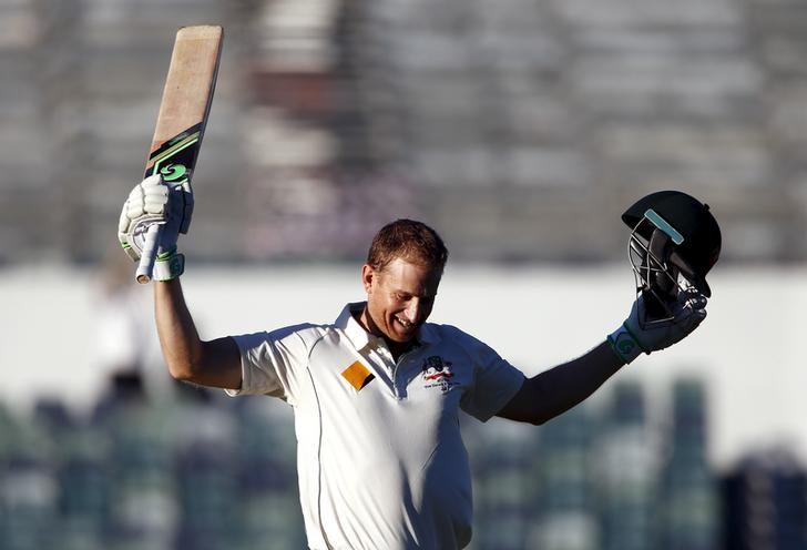 Australia's Adam Voges celebrates reaching his century during the fourth day of the second cricket test match against New Zealand at the WACA ground in Perth, Western Australia, November 16, 2015.      REUTERS/David Gray/Files