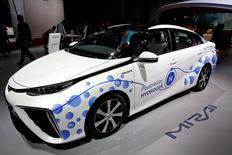 FILE PHOTO -  FILE PHOTO -  The Toyota Mirai, an hydrogen fuel cell vehicle, is displayed on media day at the Paris auto show, in Paris, France, September 29, 2016. REUTERS/Benoit Tessier/File Photo