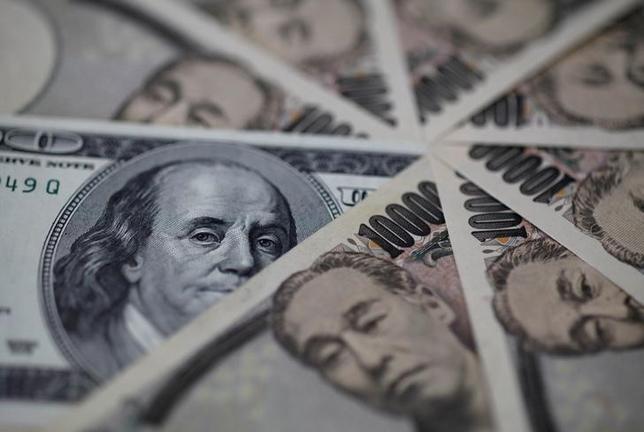 2月16日、元日銀審議委員の白井さゆり慶大教授・アジア開発銀行研究所客員研究員は16日、都内の外国特派員協会で講演し、日米の物価水準の違いなど経済のファンダメンタルズ(基礎的条件)からみて、ドル/円は円高方向に進むの自然であるとの見方を示した。写真は都内で2013年2月撮影(2017年 ロイター/Shohei Miyano)