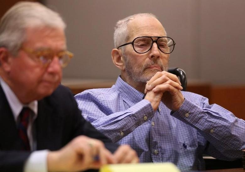 New York real estate scion Robert Durst appears in the Los Angeles Superior Court Airport Branch with his defense lawyer Dick DeGuerin for a pre-trial motions hearing in Los Angeles, California, January 6, 2017   REUTERS/Mark Boster /Los Angeles Times/Pool