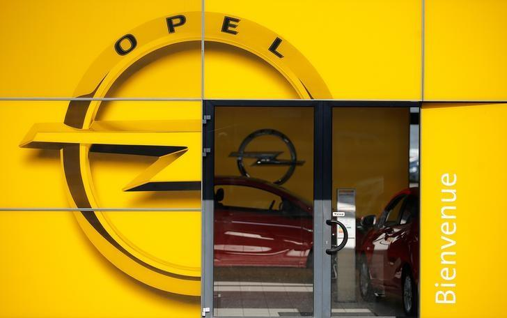 The logo of Opel is seen at the entrance of a dealership of the brand in Strasbourg, France, February 14, 2017. REUTERS/Vincent Kessler