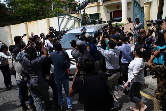 2月23日、北朝鮮の金正男氏がマレーシアで殺害された事件を巡り、北朝鮮は、北朝鮮市民が死亡した責任はマレーシアにあると指摘し、同国政府が「非友好的な態度」を取っていると非難した。クアラルンプールの北朝鮮大使館、22日撮影(2017年 ロイター/Athit Perawongmetha)