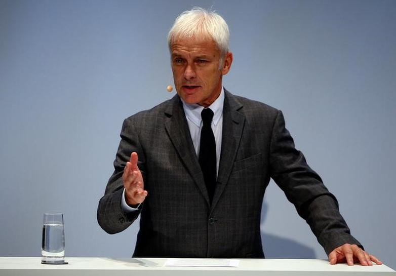 Volkswagen CEO says board did not discuss chiefs of VW brand, Audi