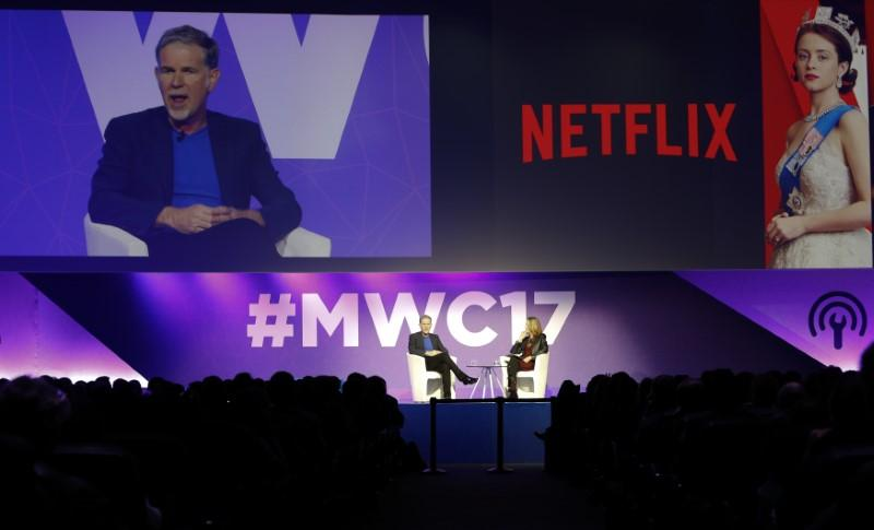 Netflix CEO shows friendly face to telcos at top mobile fair