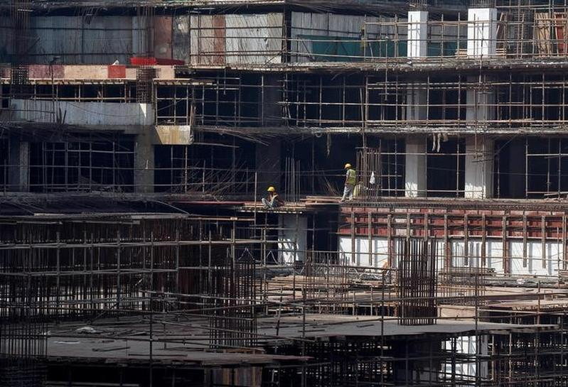 Expert Views: India's annual economic growth slows to 7 percent in Oct-Dec