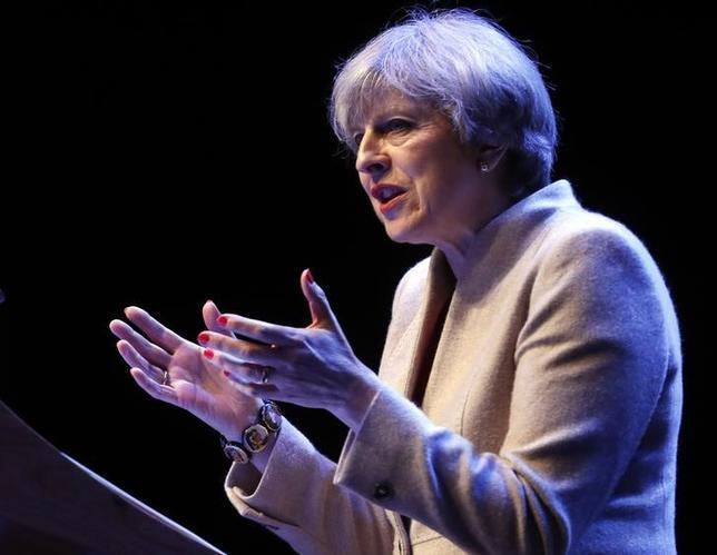 3月3日、メイ英首相は、グラスゴーで開かれた保守党の会合で、英連合王国を解体する経済的根拠は何もないと述べ、スコットランド独立推進派は独立に「取り付かれている」と批判した(2017年 ロイター/Russell Cheyne)